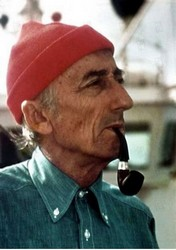 Jacques-Yves Cousteau pipe