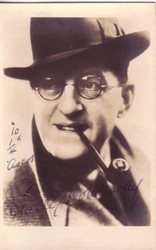 Stanley Holloway pipe