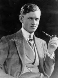 Evelyn Waugh pipe