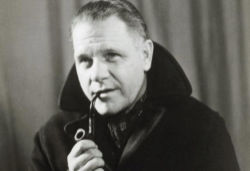 Lawrence Durrell pipe