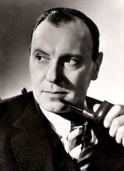 Ralph Richardson pipe