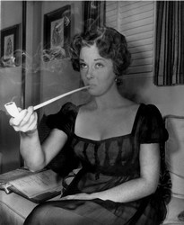 Susan Hayward pipe