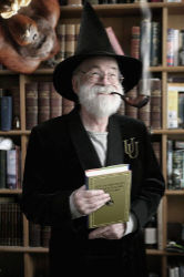 Terry Pratchett pipe