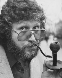 Dave Lee Travis pipe