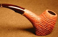 une pipe de Larry Roush